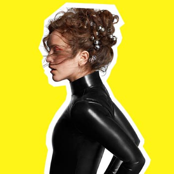 Special pre-sale offer: Rae Morris – Someone Out There